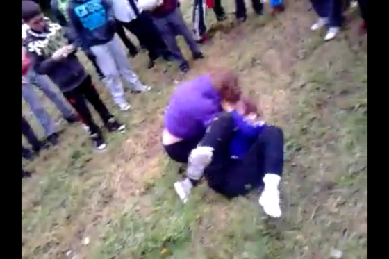 Cork secondary school students fight in public